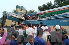 Bangladesh: Hai đoàn tàu đâm nhau làm hơn 50 người thương vong