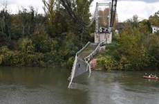 Cận cảnh cây cầu bị sập tại Pháp khiến 1 người thiệt mạng