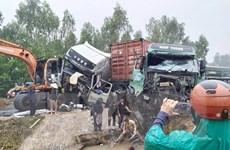 Nghệ An: Xảy ra vụ tai nạn liên hoàn, khiến 2 tài xế bị thương