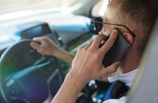 Australia dùng camera thông minh để xử phạt tài xế dùng điện thoại