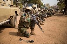Tấn công doanh trại quân đội tại Niger, 71 binh sỹ thiệt mạng