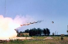 Ấn Độ bắn thử thành công tên lửa hành trình siêu thanh BrahMos