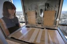 Bản tuyên ngôn đầu tiên của Olympic được bán với giá 8,8 triệu USD
