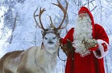 Ông già Noel bắt đầu hành trình phát quà Giáng sinh đến các em nhỏ