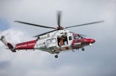 Anh giải cứu ít nhất 15 người di cư ngoài khơi xứ England