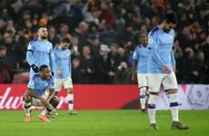 Dẫn trước 2-0, Man City vẫn phải 'nếm trái đắng' trước Wolverhampton