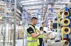 Chính phủ Anh công bố kế hoạch tăng lương tối thiểu từ năm 2020