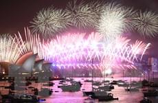 Bầu trời Sydney rực rỡ với màn pháo hoa ở thời khắc Giao thừa