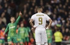 Real Madrid và Barcelona muối mặt chia tay Cúp Nhà Vua