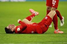 Lewandowski chấn thương, Flick đau đầu tìm phương án thay thế
