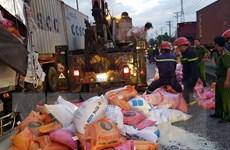 [Video] Hiện trường xe tải tông container, 4 người thương vong
