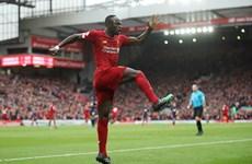 Đánh bại Bournemouth, Liverpool tạm bỏ xa Man City 25 điểm