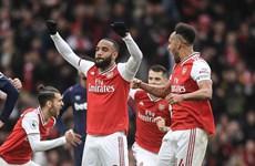 Arsenal thắng nhọc, Tottenham-Mourinho tiếp tục gây thất vọng