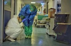 """COVID-19 đã """"bẻ gãy' hệ thống y tế đẳng cấp thế giới của Italy"""