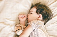 Ngủ sớm có thể giảm nguy cơ thừa cân hay béo phì ở trẻ nhỏ
