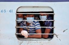 Ấn Độ mở lại có hạn chế mạng lưới đường sắt từ ngày 12/5