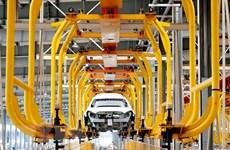 Trung Quốc: Doanh số bán ôtô tăng lần đầu tiên trong gần hai năm qua