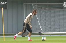 Real Madrid trở lại tập luyện, quyết cạnh tranh ngôi vương với Barca