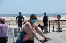 Mỹ: Bang New York cho phép hoạt động tụ tập trên 10 người