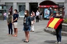 Tây Ban Nha tưởng niệm các nạn nhân tử vong do dịch bệnh COVID-19