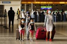 Đan Mạch bắt buộc hành khách đeo khẩu trang tại các sân bay