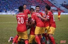 Tân binh Hồng Lĩnh Hà Tĩnh có chiến thắng đầu tay tại V-League