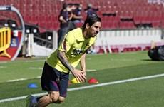 Messi mang tin vui cho Barcelona trước ngày La Liga trở lại