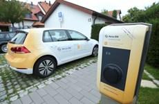 Chính phủ Đức dành 500 triệu euro để xây dựng trạm sạc pin ôtô điện