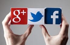 Facebook, Google và Twitter phải báo cáo hàng tháng về tin giả