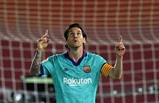 Lionel Messi tỏa sáng, Barcelona thắng tưng bừng ngày trở lại