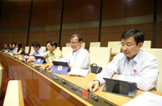Quốc hội biểu quyết 4 Luật và cho ý kiến 2 dự thảo Luật