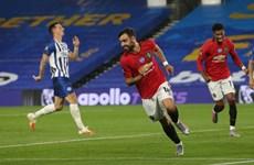 Bruno Fernandes lập cú đúp, Manchester United áp sát tốp 4