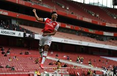 Pierre-Emerick Aubameyang lập nên kỳ tích mới tại Premier League