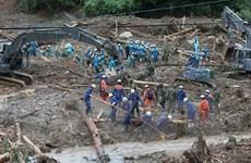 Nhật Bản nỗ lực giải cứu những người bị mắc kẹt do mưa lũ