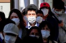 Nhật Bản truy vết 800 người sau khi phát hiện ổ lây nhiễm ở nhà hát