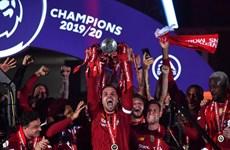 Liverpool giành chiến thắng tưng bừng trong ngày nâng cúp vô địch