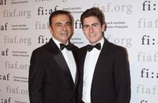 Con trai cựu sếp Nissan bị cáo buộc trả tiền người giúp cha bỏ trốn