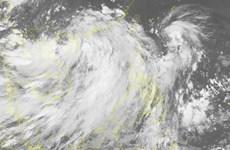 Trung Quốc kêu gọi tàu biển tránh trú, hủy nhiều chuyến bay vì bão