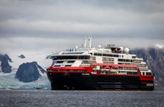 Na Uy: 33 thủy thủ trên du thuyền chở 180 hành khách nhiễm SARS-CoV-2