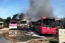 Thanh Hóa: Cháy 6 xe khách tại bãi giữ xe tự phát trong nhà dân