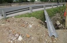 Kiểm tra thông tin về bảo vệ kết cấu giao thông do TTXVN phản ánh
