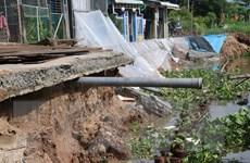 Long An: Người dân sống bất an trong vùng sạt lở nghiêm trọng