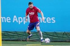 Lionel Messi lần đầu tập luyện sau vụ đòi chia tay Barcelona