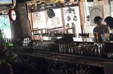 Nguy cơ mắc COVID-19 tại quán bar, nhà hàng cao hơn nhiều nơi