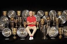 [Mega Story] Franz Beckenbauer: Tôi ghen tị với các bạn trẻ