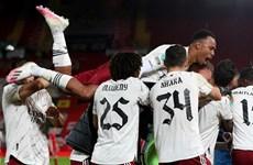 Đánh bại Liverpool, Arsenal đối đầu Man City ở tứ kết League Cup