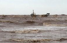 Quảng Trị: Cứu hộ thành công 7 thuyền viên trên hai tàu gặp nạn