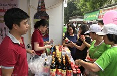 Khai mạc Tháng khuyến mại Hà Nội và Ngày không dùng tiền mặt