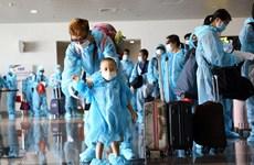 Dịch COVID-19: Đưa gần 350 công dân Việt Nam từ Liên bang Nga về nước