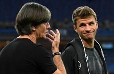 Müller, Hummels tỏa sáng, Bayern và Dortmund 'ơn' Joachim Löw